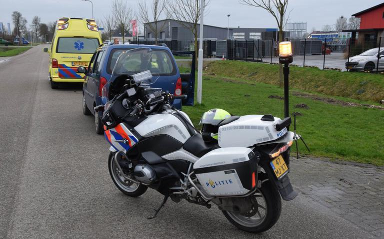 Fietsster gewond na botsing met auto in Kollum.