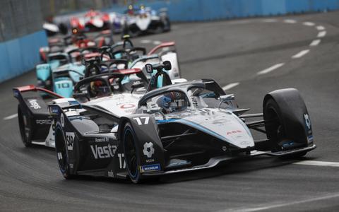 Pech voor Nyck de Vries in chaotische Formule E-race