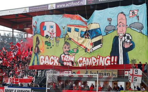 Breuk tussen supporters en FC Emmen blijft, ondanks 'goed gesprek'