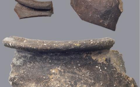 Pal onder straat Sexbierum zijn de middeleeuwen bewaard