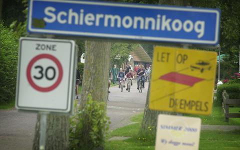 Schiermonnikoog is in rep en roer vanwege de aanleg van een stroomkabel dwars door het eiland.
