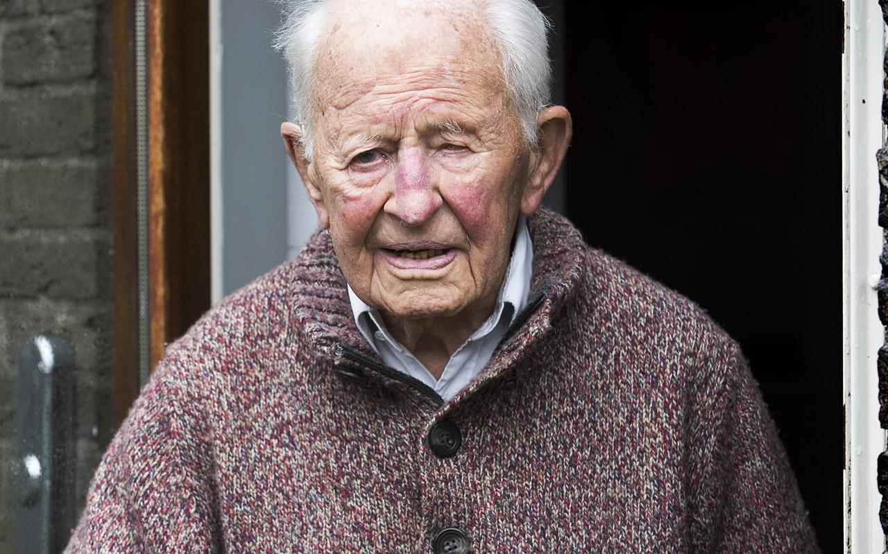 Evert Galama (105) is afkomstig uit Tsjerkwerd en overleefde als kind in Friesland de Spaanse griep.