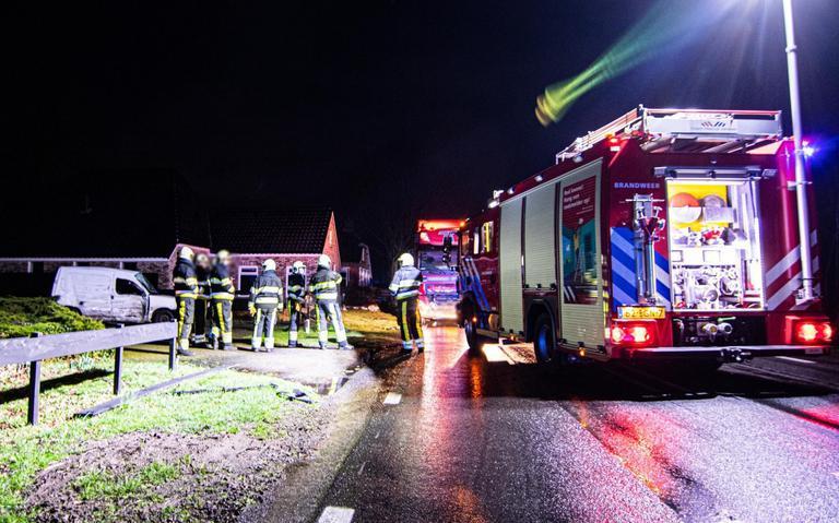 Bestuurder van bestelbusje overlijdt na ongeluk in Oldeberkoop.