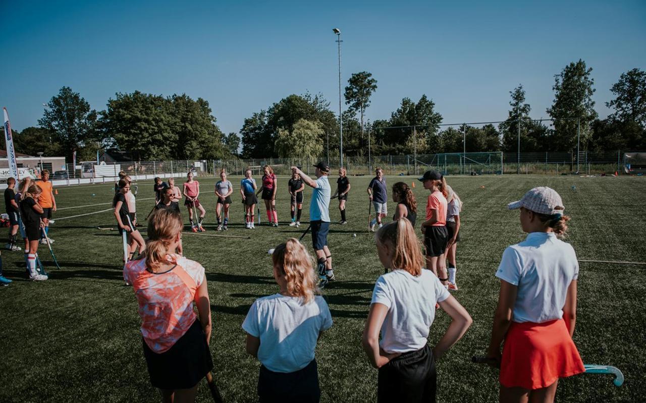 HC Dokkum blijkt een schot in de roos: in coronatijd zomaar 200 nieuwe leden. FOTO NICKIE FOTOGRAFIE