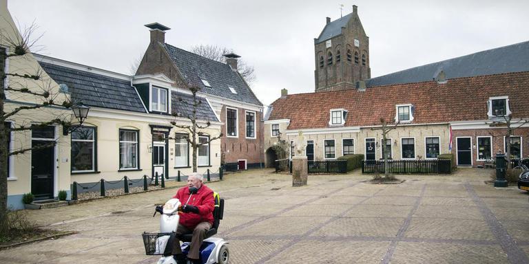 'Maak kern van het dorp voor ouderen aantrekkelijk.' FOTO MARCEL VAN KAMMEN