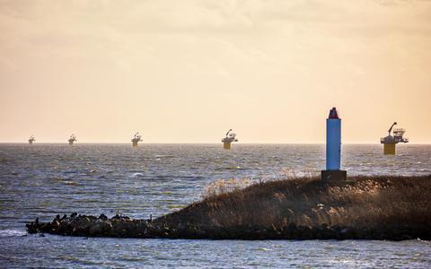 'De Afsluitdijk maakte een ruw eind aan een rijk natuurgebied.' FOTO NIELS DE VRIES