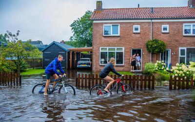 Hevige regenval zorgde in augustus voor wateroverlast in Woudsend.