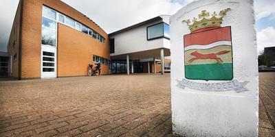 Het gemeentehuis van Dantumadiel in Damwâld.