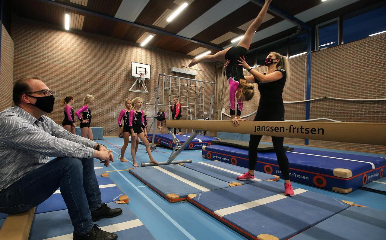 Een training van de gymnastiekvereniging Leeuwarden.
