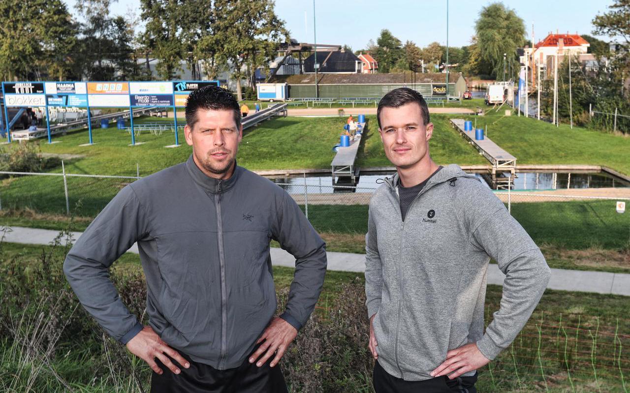 Bart Helmholt (links) en Nard Brandsma in Burgum tijdens een training voor het NK van zaterdag.