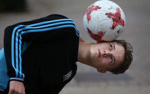 Zestienjarige freestyler Finn uit Sint Annaparochie wereldwijd bekeken: 'Ik ben beter dan Touzani'