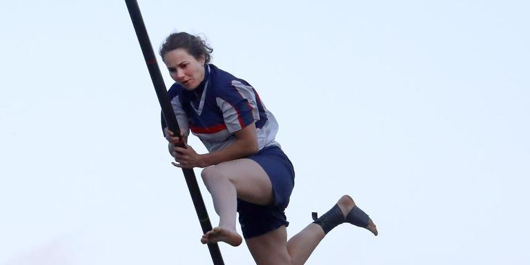 Hiske Galama in actie tijdens de wedstrijd in Winsum.