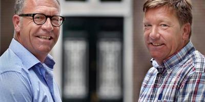 Gerben en Johan Okkinga in 2016, twintig jaar geleden verliezer en winnaar op de PC. FOTO NIELS DE VRIES