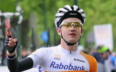 Hartthijs de Vries stapt toch weer op de racefiets