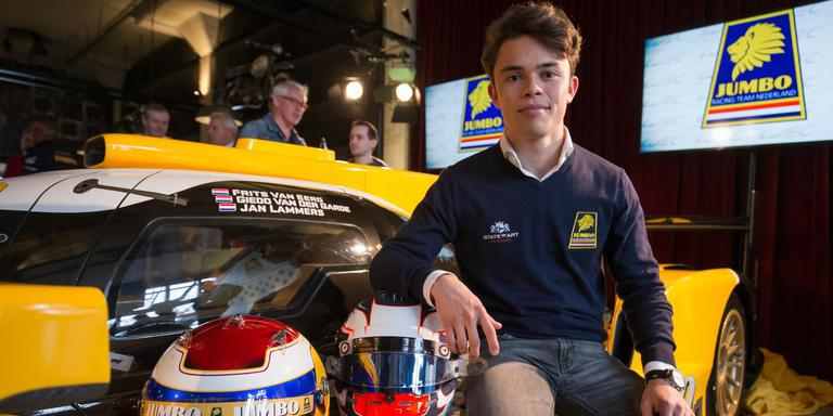 """Nyck de Vries bij de presentatie van Racing Team Nederland: ,,Dit is een supergave wagen."""" FOTO Racing Team Nederland"""