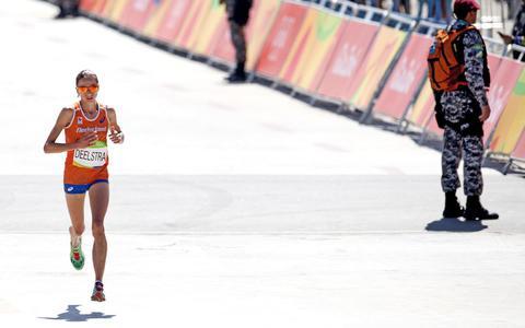 Atlete Deelstra mist in Tokio olympische limiet marathon