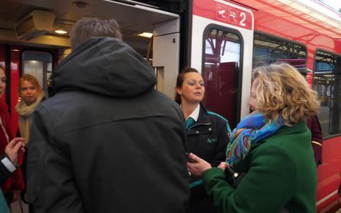 Automatische trein punctueler, maar reizigers zijn er − nu nog − minder over te spreken